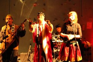 restday at casa Sharma, looking back in time: TREQ -gnawa (video)